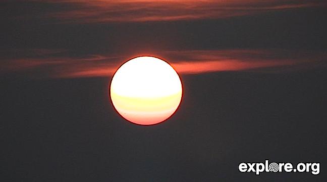 Sunrise over Churchill MB (600751).jpg
