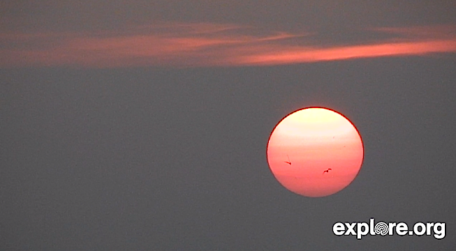 Sunrise over Churchill MB (600753).jpg