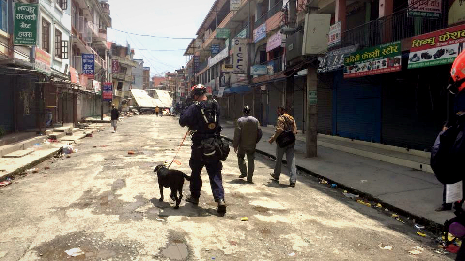 Rugby & Dennis walk the streets of Nepal