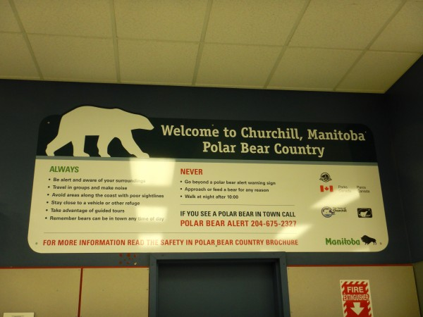 1 Polar bear sign, Churchill_11092018
